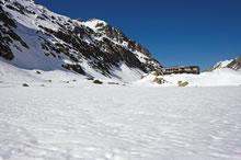 Refuge des Oulettes de Gaube depuis le plateau