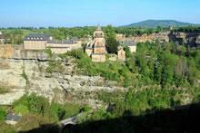 Trou de Bozouls et église Sainte Fauste