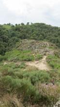 Chemin à côté du village de Bez Bédène