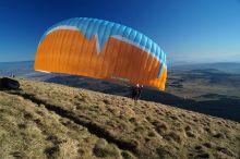 Aeroparapente  Vols en parapente au  puy de Dome en Auvergne.