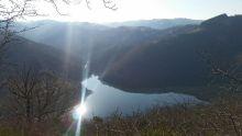 Couesque et son joli lac au petit matin