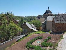 Le village de Coubisou et son église