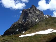 Randonnée sur le Tour du Pic du Midi d'Ossau en été