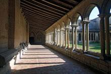 Cloître de la collégiale de Saint Emilion