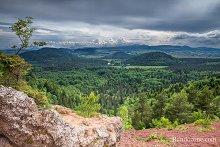 Sentier de grande randonnée GR 441 : Tour de la Chaîne des Puys