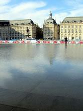 Place de La Bourse et le Miroir d'Eau à Bordeaux