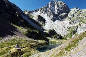 Lac et refuge d'Ilhéou.