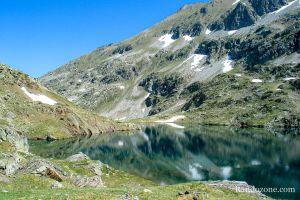 Lac d'Arratille depuis le parking du pont d'Espagne
