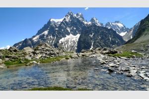 Lac de Tuckett lors de la randonnée au Glacier Blanc