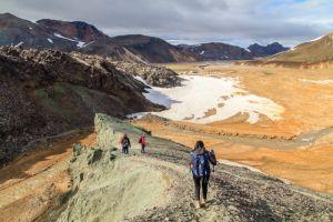 Randonnée à la montagne panoramique du Bláhnúkur
