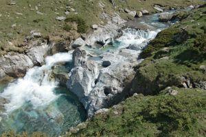 La rivière aux magnifiques couleurs