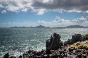 L'île des Saintes vue depuis le sentier de l'Acomat
