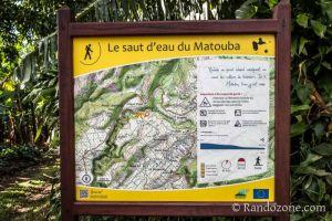 Panneau du départ vers la cascade du Matouba