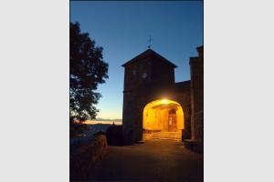 Porche de l'église St Maurice