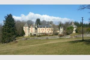 Topo : Le château de Vernhettes