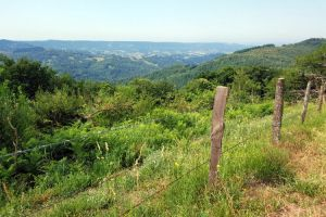 Vue sur la vallée de Villecomtal