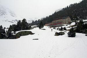 Randonnée en raquettes à neige au refuge du Marcadau - Hautes Pyrénées