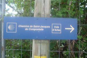 Chemins de Saint-Jacques-de-Compostelle - Voir d'Arles
