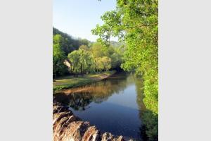 L'Aveyron à Belcastel : randonnée en Aveyron