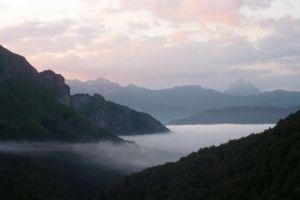 Pic du Midi d'Ossau et mer du nuages