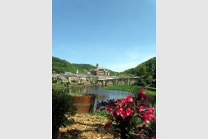 VTT à Estaing, plus beau village de France