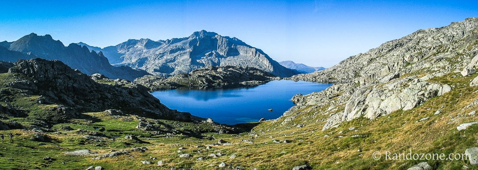 Lac Tort dans les Encantats