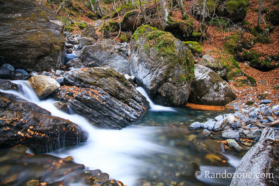 Jolie cascade dans les Hautes-Pyrénées