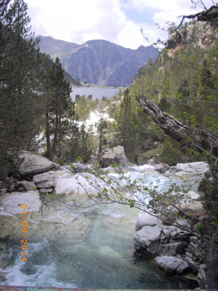 Lac de gaube sur le chemin des Oulettes