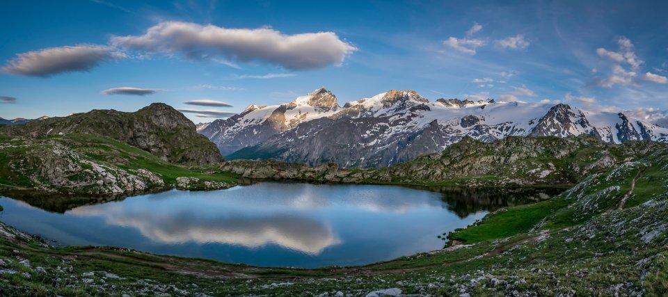 Panoramique du lac Lérié