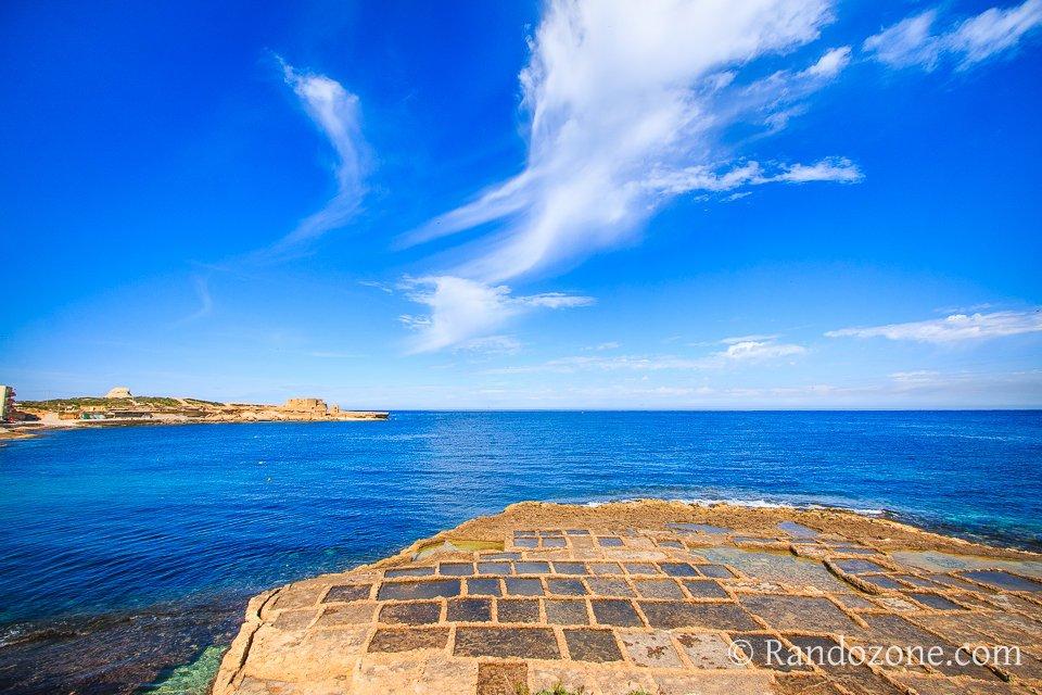 Randonnée au bord de la mer à Malte
