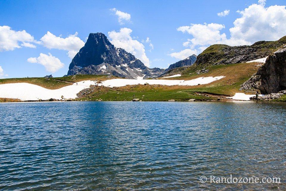Lac Castérau et pic du Midi d'Ossau