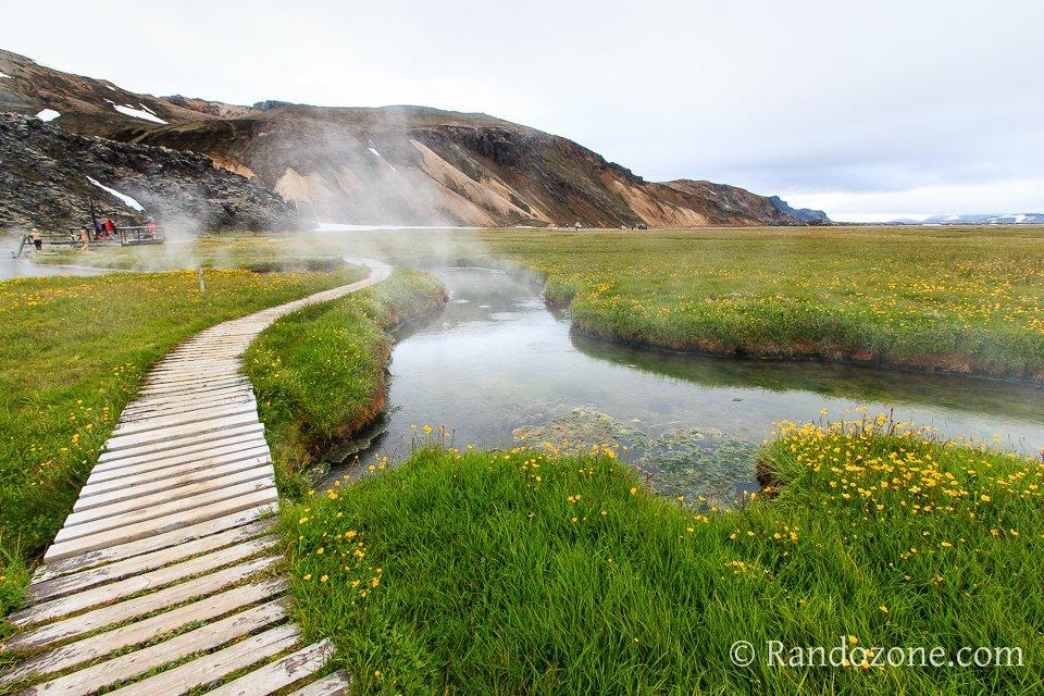 Source d'eau chaude dans le Landmannalaugar
