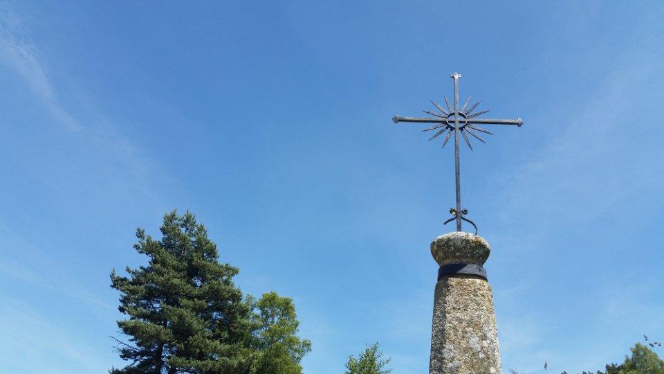 Croix le long du chemin
