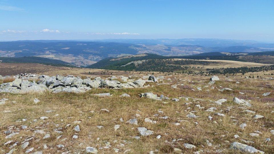 Vue dégagée depuis le Mont Lozère