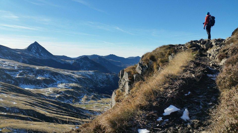 Face aux volcans du Cantal