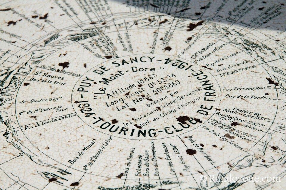 Table d'orientation au sommet du puy de Sancy