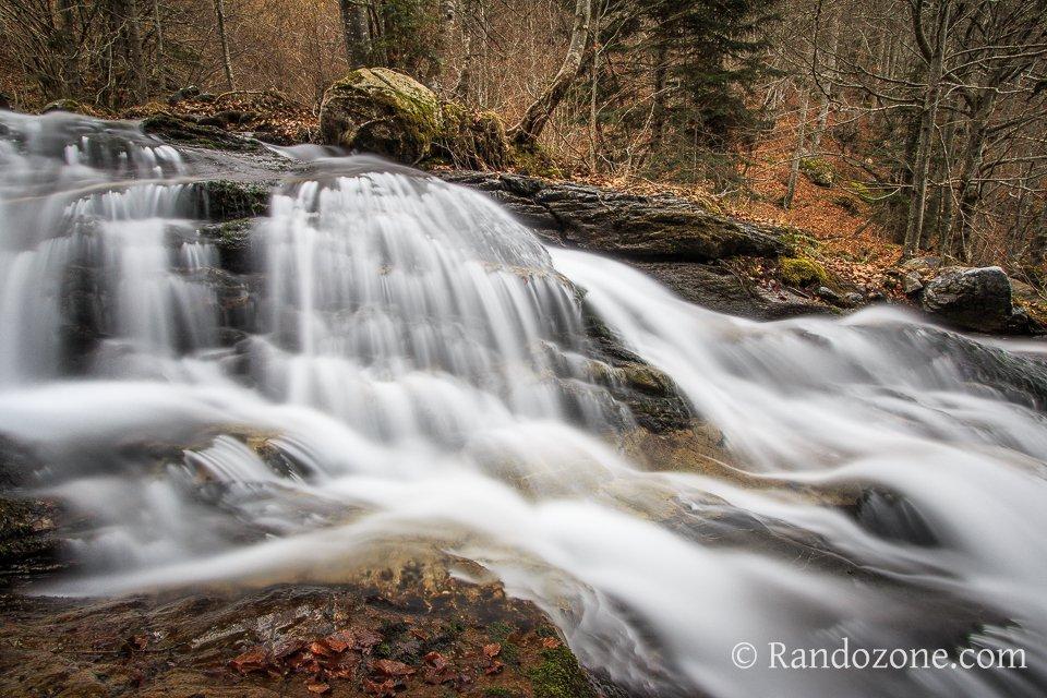 Belle cascade dans les Hautes-Pyrénées