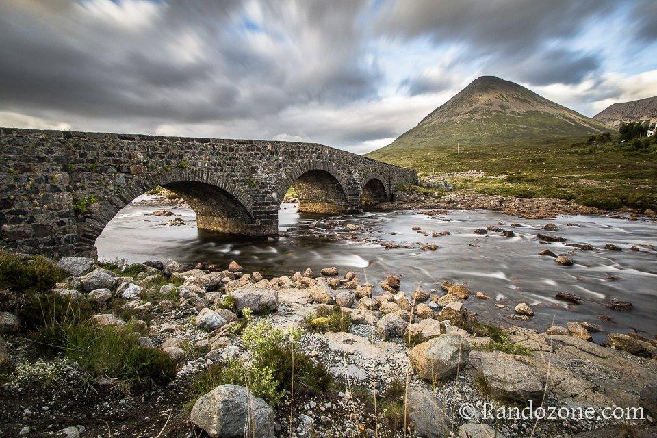 Pont de Sligachan sous un angle différent