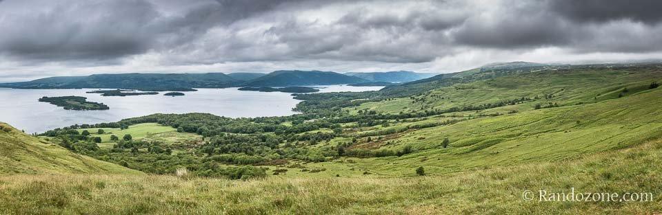 Panorama sur le Loch Lomond en Ecosse