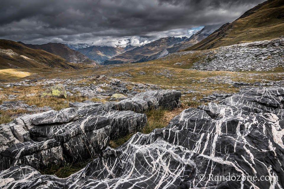 Nuages menaçants sur les Pyrénées