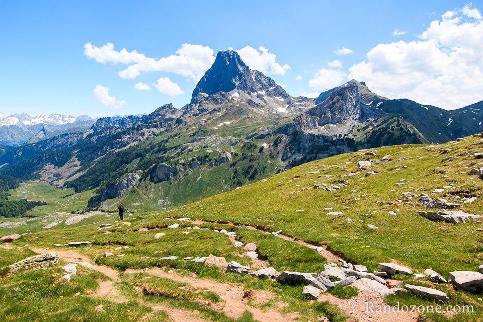 Contemplation du Pic du Midi d'Ossau