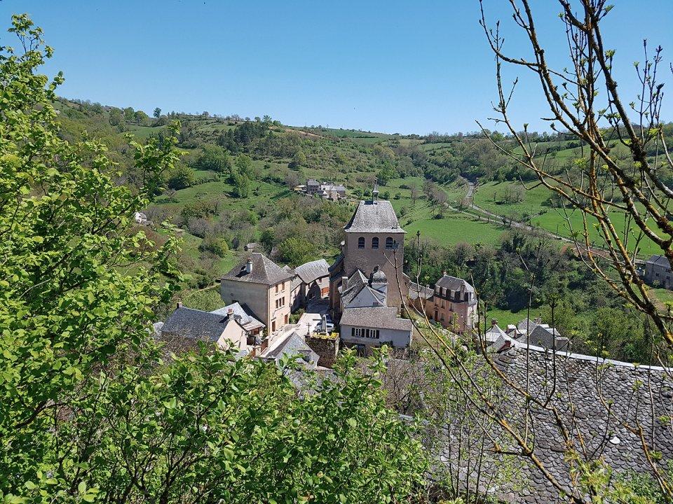 Randonnée pédestre : Le chemin des deux églises : Coubisou / Vinnac