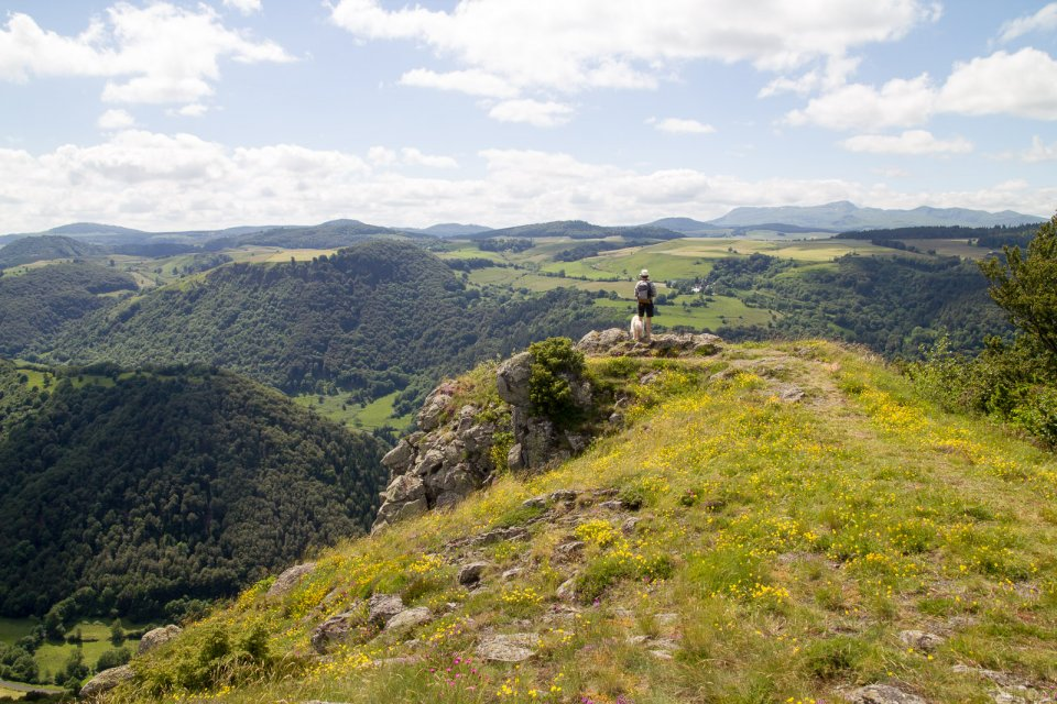 Le magnifique point de vue depuis la roche nité