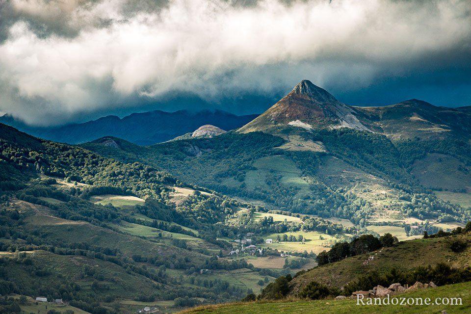 Puy Griou dans les Monts du Cantal