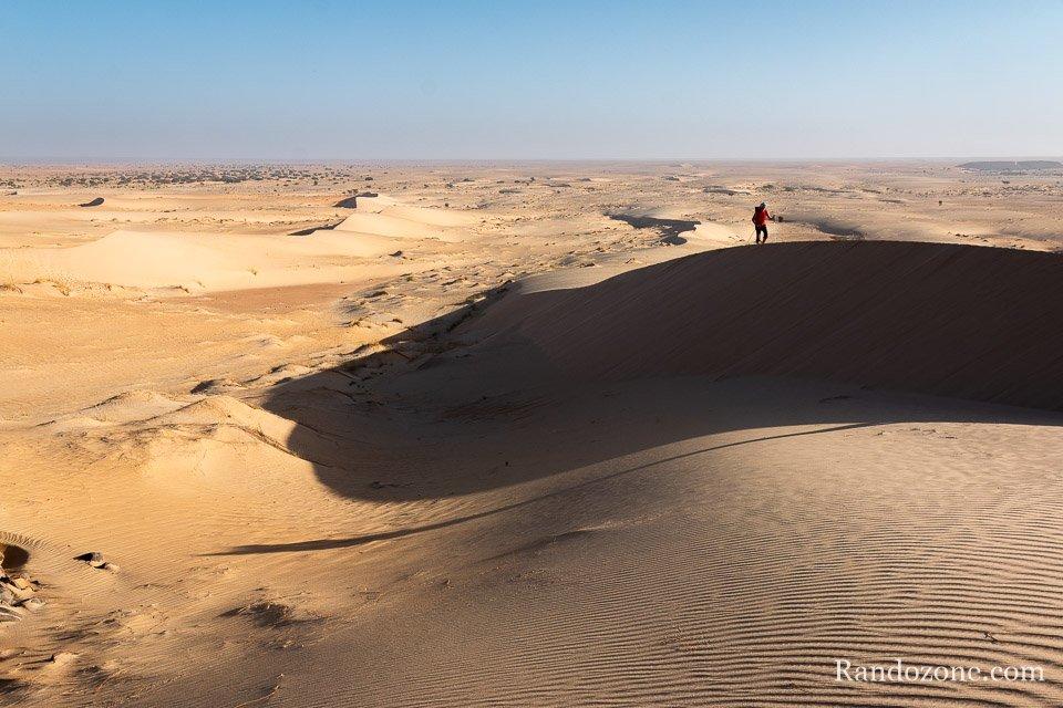 Passage sur la crête des dunes