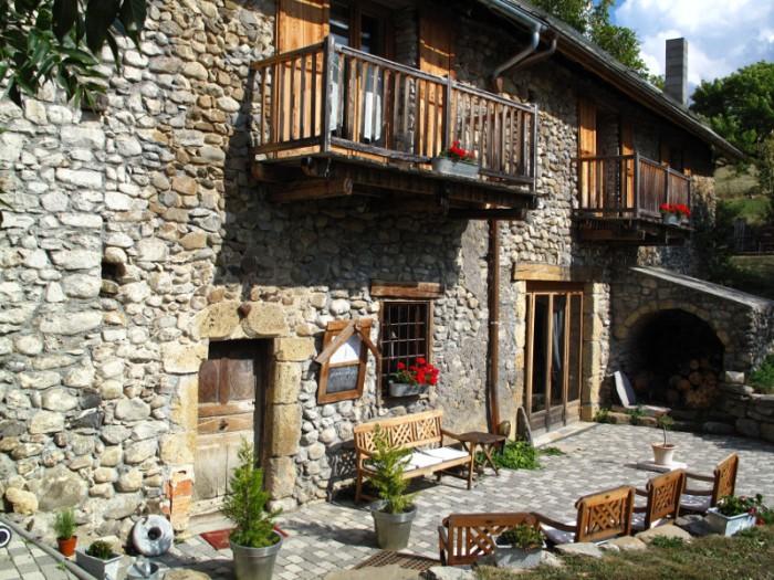 La fernande maison d 39 h tes de charme et de prestige dans les hautes alpes chambres d 39 h tes - Chambre d hotes hautes alpes ...